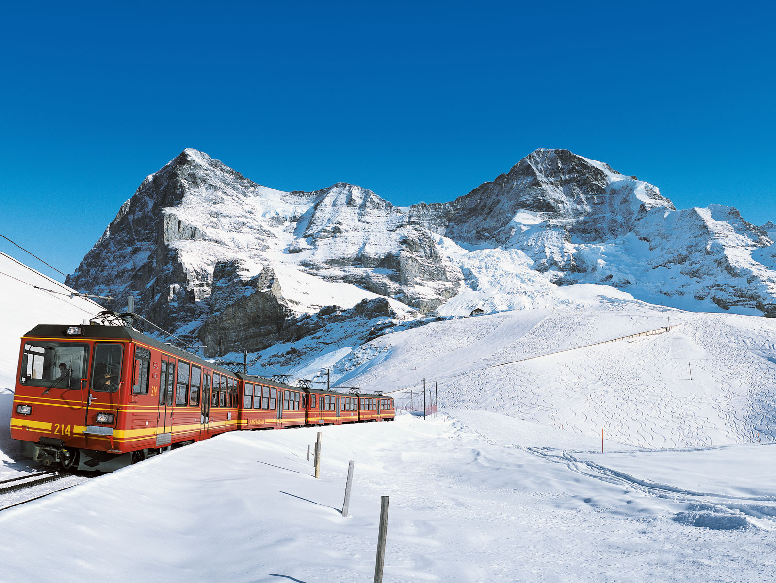 12501_Jungfraujoch_Top_of_Europe_Tour_from_Zurich_e7f631983ab4b32f84456b08b41fdd1d_original
